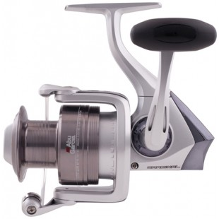 The Abu Garcia Cardinal S range features an aluminium spool & 3 bearing action that gives a nice smooth retrieve.