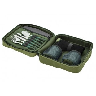 The Trakker NXG Deluxe Food set contains all you need for 2 to enjoy eating in the outdoors